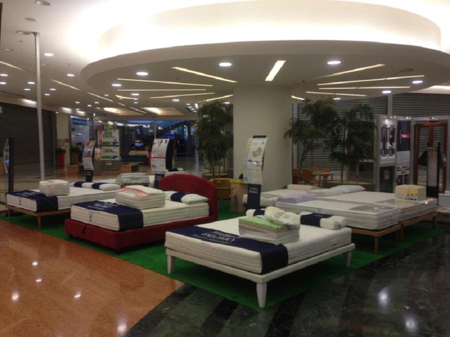 Centro Commerciale Roma Est